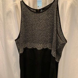 Black and Whit Top